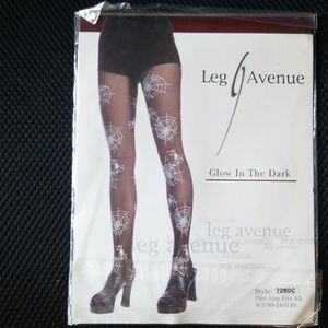 2 pair of Women's pantyhose  one size